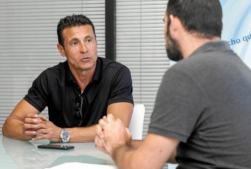 Conversador. Amadeo Salvo no regateó ninguna pregunta y mostró su mejor talante durante la entrevista.
