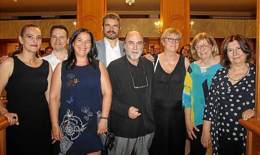 María Barceló, Ginés Sáez, Esther Alfonso, Marc Pérez-Ribas, Fernadno Gili, Mariángels Obrador, Teresa Riera y Carmen Valdueza.