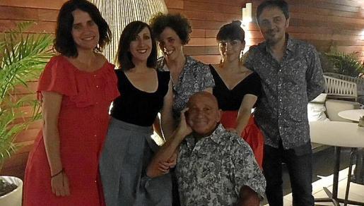 Laura Sarabia, Lina Mira, Lluqui Herrero, Agnes Llobet, Emilio Martín y Rafel Ramis.