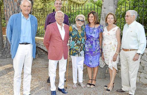 Sebastià Jaume, José Tur de Montis, Gabriel Sampol, Nieves Zaforteza, Carmen Luca de Tena, Paz Massanet y José Antonio de Pascual.