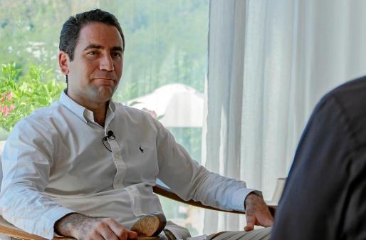 García Egea es murciano y concedió la entrevista a este periódico en el Port de Sant Miquel.