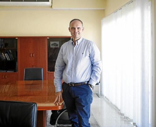 El nuevo director insular de la AGE para las Pitiusas nos recibió en su despacho.