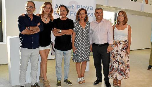 Txema González, Natasha Lebeveda, Rafa Forteza, Antònia Sabater, Virgilio Moreno y Aina Ferrero.