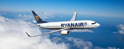 Vista general de un avión de la compañía Ryanair.