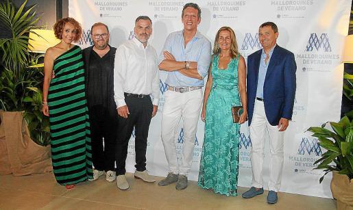 Vanessa Sánchez, Tommy Ferragut, Roberto Pons, Joaquín Prat, Mar Aldeguer y Toni Ferrer.