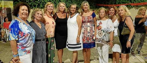 Lola Marques, Teresa Llull, Bárbara Pons, Toya de la Vega, Magdalena Grua, Jero Rubí, María Ginestra, Vicky Pérez y Carmen Repiso.