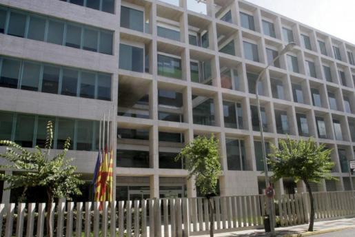 Sede del Consell d'Eivissa en la Avenida España de Vila
