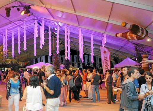 La Feria de la Cerveza de Ibiza llega a su décima edición en el Recinto Ferial.