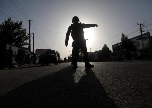 Los talibán secuestran tres autobuses con 170 pasajeros a bordo en el norte de Afganistán.