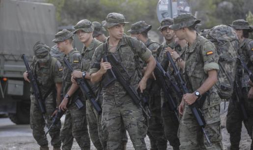 Los soldados iniciaron la marcha en Cala d'Hort pasadas las 8:30 horas.