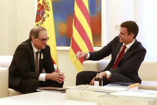 Sánchez defiende un «referéndum» por el autogobierno para Cataluña, no por la independencia.