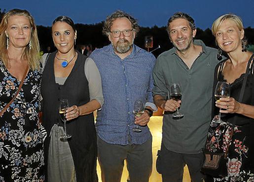 Pantxica Motte, Dolores Feliu, Lluís Lladó, Olivier Naudon y Teecha Motte.