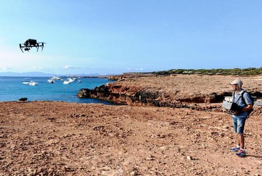 Dos compañías de drones han sobrevolado las áreas más utilizadas por las embarcaciones.