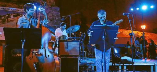 Los conciertos de ayer por la noche de la Big Band Ciutat d'Eivissa y el cuarteto del menorquín Pere Arguimbau fueron un completo éxito de público. Fotos: ARGUIÑE ESCANDÓN
