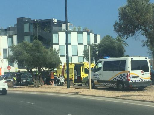 Imagen del escenario del accidente en el que resultó herido el motorista.