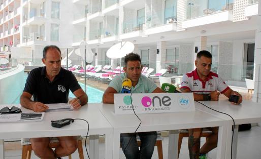 Imagen de archivo de la rueda de prensa ofrecida por la Asociación Ibiza Half Triathlon.
