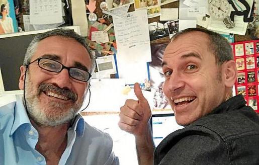 David Marqués (derecha) junto a Javier Fesser, director de 'Campeones'.