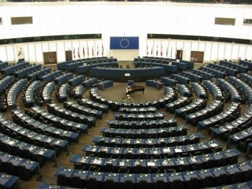 El Parlamento Europeo aprueba la nueva directiva sobre derechos de autor.