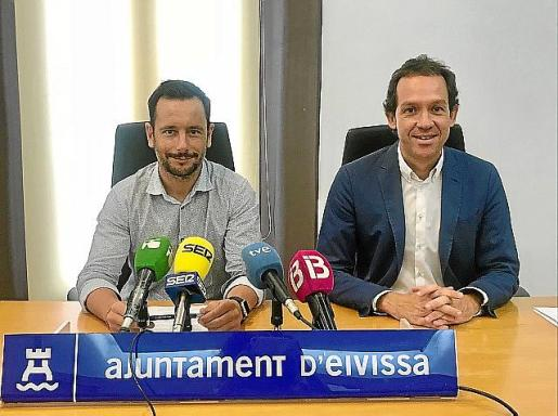 El alcalde Rafa Ruiz y el conseller Marc Pons.