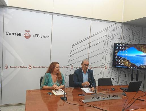 El Consell d'Eivissa presentó ayer por la mañana el proyecto en el salón de actos.