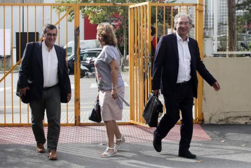 March ha visitado hoy junto a otros responsables educativos el IES Blancadona de Ibiza.