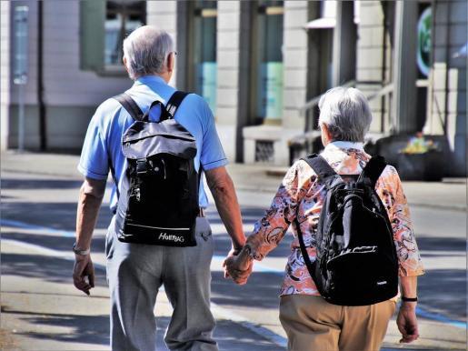 Según ha dicho, «los pensionistas ya no deberán hacer frente al copago farmacéutico».