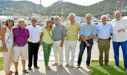 Neus Bou, José Pascual, Pedro Pujol, Meritxel Enrich, Joan Pujol, Gines Martínez, Toni Grau, Joan Thomàs y Antoni Matas.