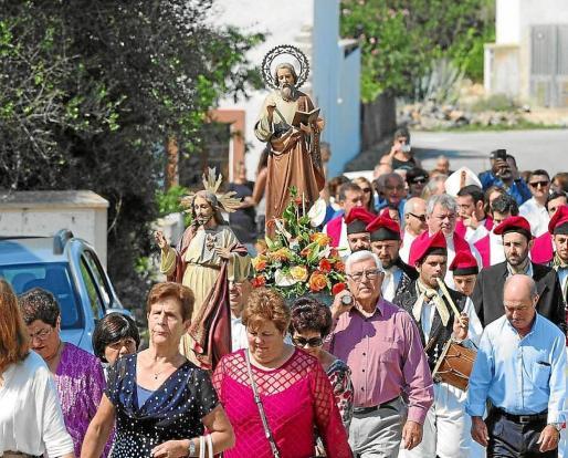 Imagen de archivo de la procesión que se celebra en el día grande de la localidad de Sant Mateu.