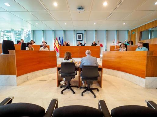 Pleno extraordinario del Consell d'Eivissa.