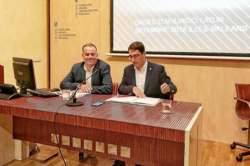 Llorenç Pou y Iago Negueruela, ayer, antes de atender a los medios de comunicación.