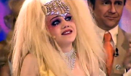 Angy Fernández imitó ayer a Christina Aguilera.
