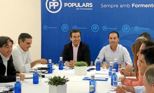 El comité de dirección regional del PP se reunió por primera vez en Formentera.