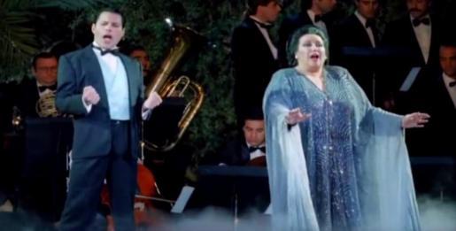 Instante de la actuación del dúo en el Ibiza Ku Club en 1987