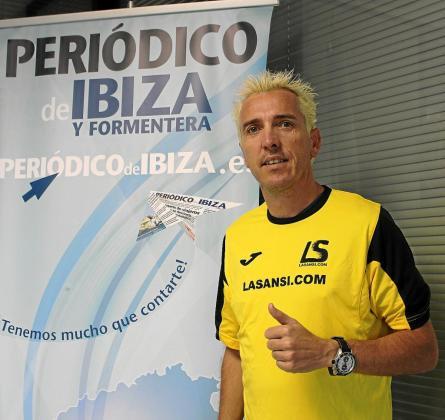 José Luis Blanco posa en las instalaciones de Grupo Prensa Pitiusa.