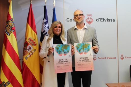 El concierto fue presentado por la Vicepresidenta segunda del Consell d'Eivissa, Marta Díaz, y el director artístico del mismo, Juan Francisco Ballesteros.