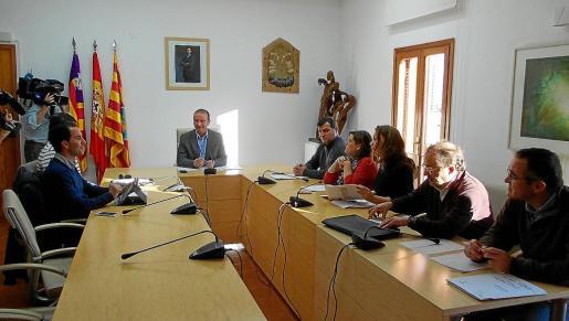 El Partido Popular solicita la comparecencia del presidente del Consell, Jaume Ferrer, y del gerente, Isidor Torres.