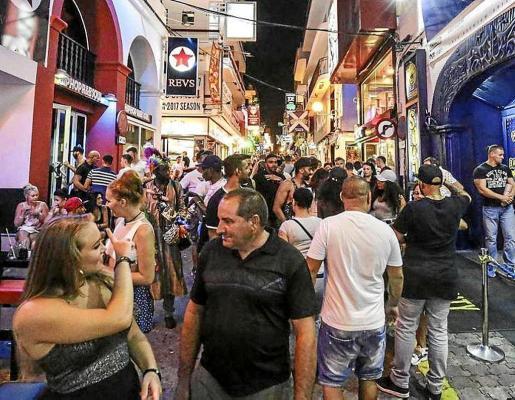 Imagen de archivo de los bares del West End, que este verano han cerrado a las 03.00 horas.