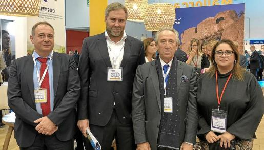Gabriel Llobera, (ACB), Antoni Horrach, Miguel Amengual y María José Aguiló (FEHM).