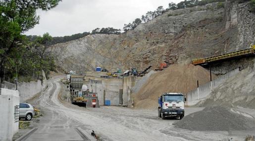 La cantera de ses Planes, donde estaba prevista la instalación de una planta de asfalto y otra de hormigón.