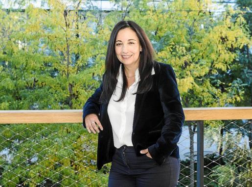 Nieves Pozuelo es la responsable del proyecto, que ha conseguido ya un 80% de digitalización.