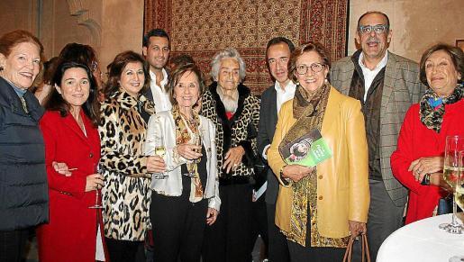Elizabeth White, Antonia Torres, Rosa Ruesga, Toni Cañellas, Juana María Román, Leonor March Delgado, Juanma Gómez, Francisca Bennássar, Pedro Vidal y Concha Marqués.