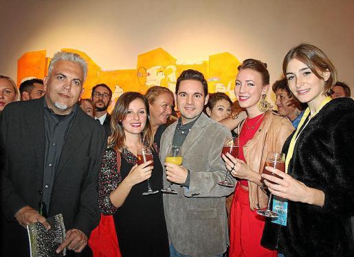 Toni Bestard, Laura de la Isla, Jaume Carrió, Tatiana Greem y Laura Gost.