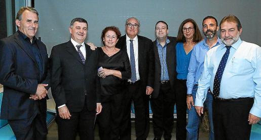 Juan Vanrell, Fernando Dameto, Mª Victoria Bonet, José Mª Mir, Juanjo Calero, Natalia Bueno, José Miguel Artieda y Fernando Valentín.