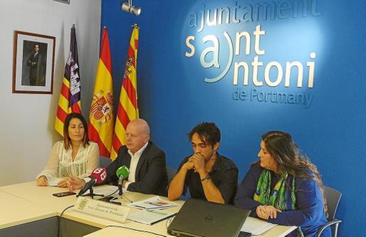 Aída Alcaraz, Pep Tur, Pablo Valdés y Cristina Ribas durante la rueda de prensa para anunciar las novedades sobre la ZPAE.