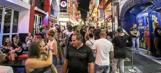 Los inspectores visitaron 42 locales de ocio en la Platja de Palma, Magaluf y Sant Antoni en una campaña extraordinaria.
