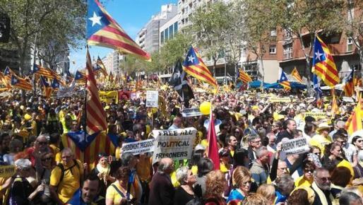 La Audiencia Nacional investigó durante 19 meses la 'república' catalana pero un error impidió al juez Sunyer ver sus informes.