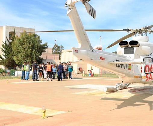 Imagen de archivo del helicóptero en el helipuerto del Hospital de Can Misses.