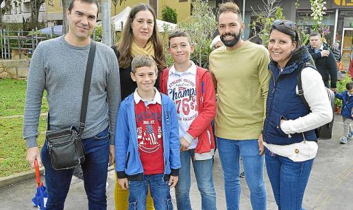 José Ramón Rodríguez, Marga Domínguez, Vicent Rodríguez, Ramón Rodríguez, Joan Miquel Morro y Teresa Cano.
