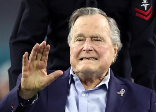 El padre de George W. Bush y expresidente de EEUU, George Bush