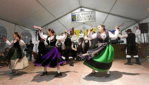 La muestra folclórica Arrels Vives fue todo un éxito y se ha convertido en un referente cultural.